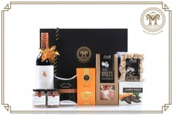 Nuts N More Gift Hamper