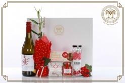 Festive Treats b& real Live Olive Tree Gift Hamper