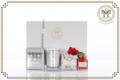 Saint George Saint (Agio) Candle With Christmas Pudding Gift Hamper
