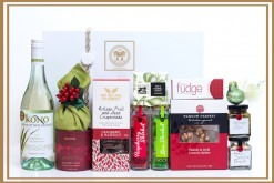 KONO MULBERRY SPICE & ALL THINGS NICE GIFT HAMPER