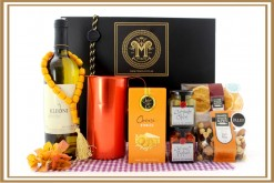 GREEK WINE AND CARAFE GIFT HAMPER