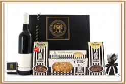 STRIPE ME BLACK N WHITE GIFT HAMPER