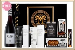 MENS STRIPE BLACK & WHITE GIFT HAMPER